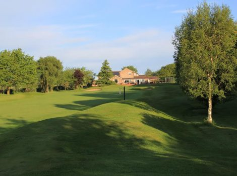 18th Fairway & Clubhouse