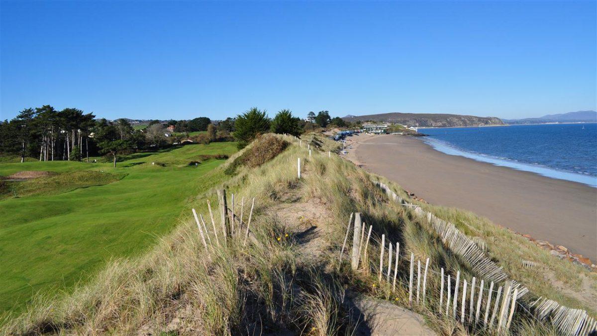 Abersoch Golf Club - sea
